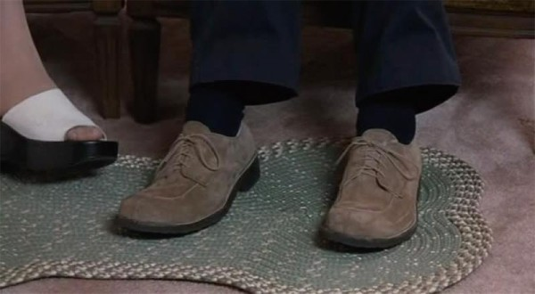 levy_feet